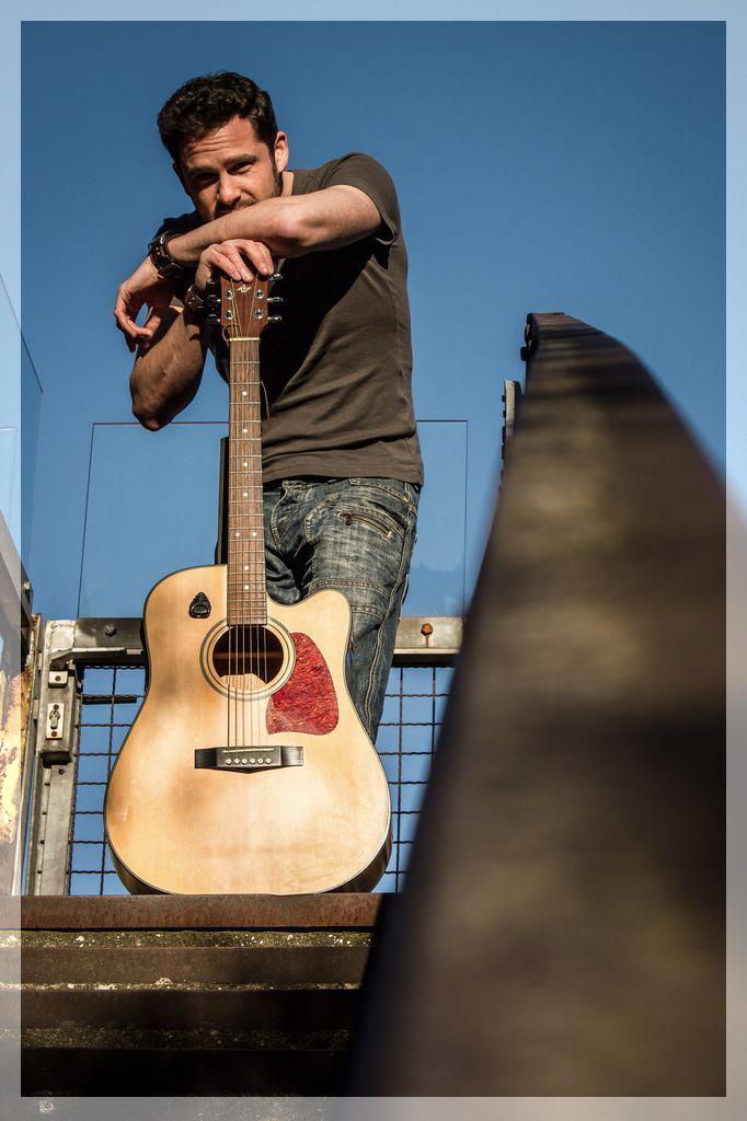 Mike McSooner, Singer-Songwriter